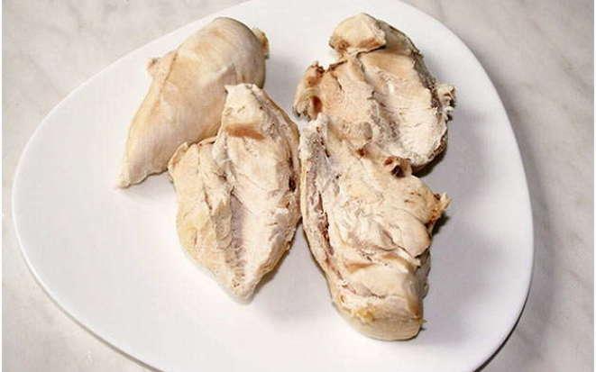 Секрет приготовления ароматного куриного филе на пару в мультиварке