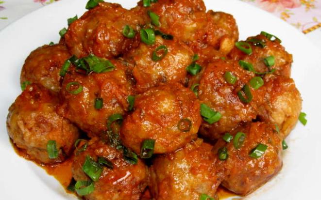 Рецепты вкусных мясных тефтелей, приготовленных в мультиварке