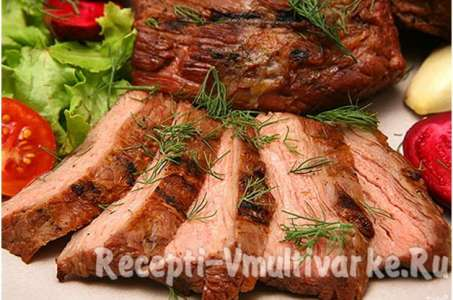 Нежный окорок из свинины в мультиварке