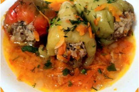 Аппетитный фаршированный перец с мясом и рисом в мультиварке Панасоник