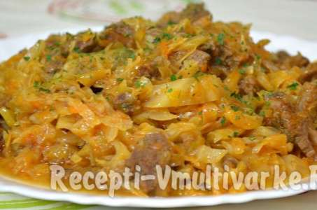 Рецепт тушеной капусты с копченой колбасой в мультиварке