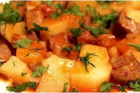 Как приготовить аппетитную картошку с тушенкой в мультиварке Редмонд