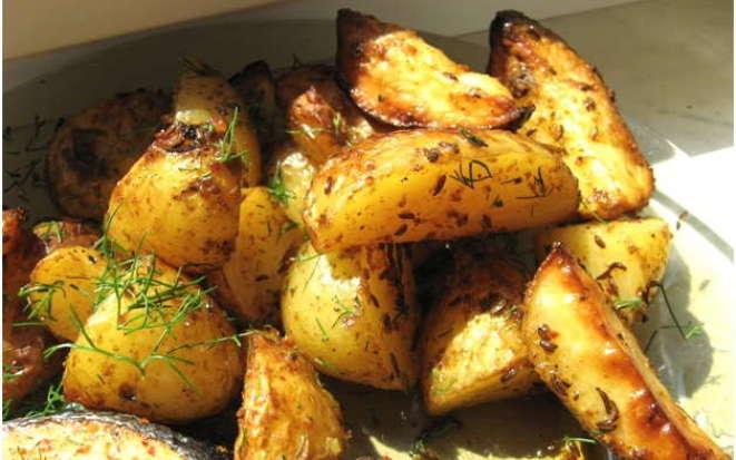 Секреты приготовления картофеля по-деревенски в мультиварке Редмонд