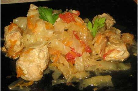 Секрет приготовления тушеной капусты со свининой в мультиварке
