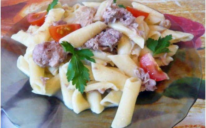 Рецепт аппетитных макарон с тушенкой в мультиварке