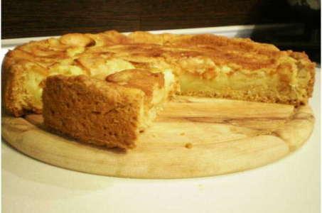 Воздушный яблочный пирог в мультиварке по цветаевскому рецепту