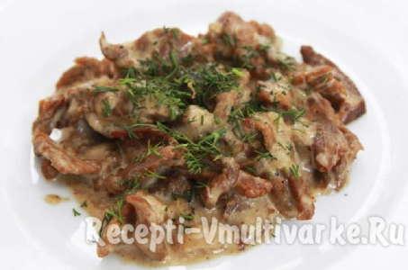 Рецепт сочного бефстроганова из говядины в мультиварке