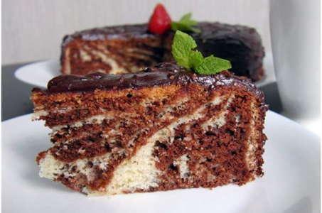 Классический мраморный кекс с шоколадной глазурью в мультиварке