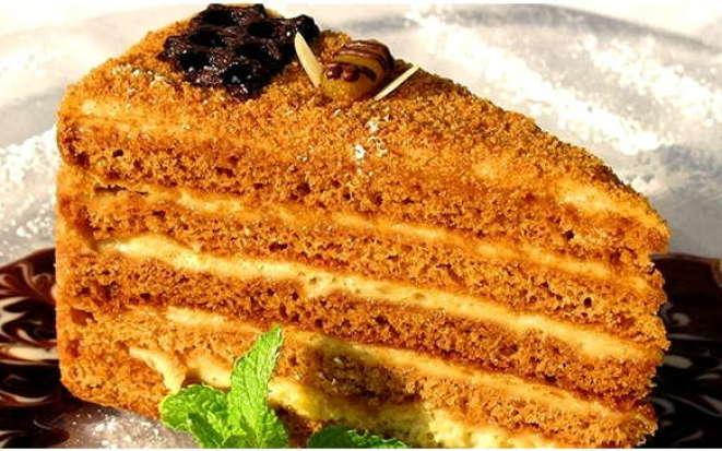 Рецепт пышного торта Медовик в мультиварке Редмонд