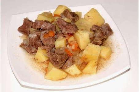 Рецепт вкусной говядины с картошкой в мультиварке Редмонд