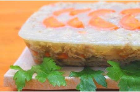 Простой рецепт идеального холодца из курицы в мультиварке Редмонд