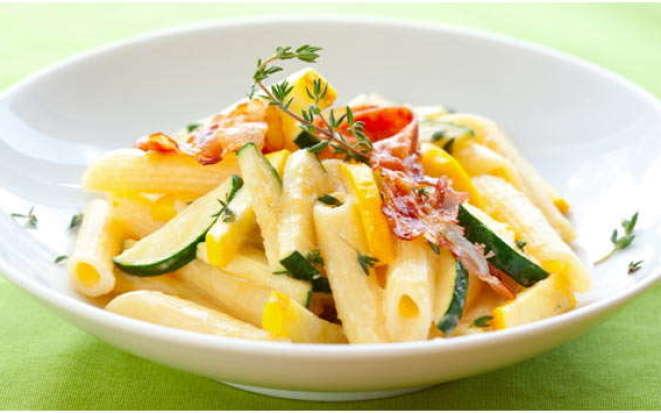 Интересный рецепт макарон с овощами в мультиварке