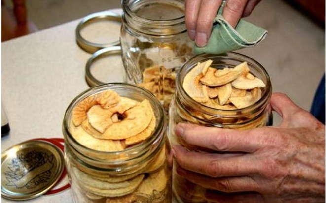 Как сушить яблоки на зиму при помощи мультиварки