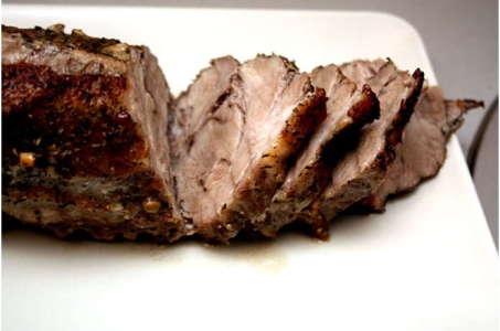 Рецепт запеченой свинины с добавлением вина в мультиварке
