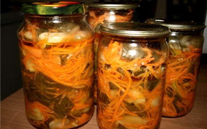 Интересный вариант приготовления салата из огурцов на зиму в мультиварке