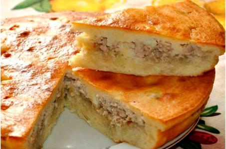 Аппетитный заливной пирог с курятиной в мультиварке