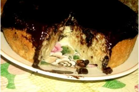 Вкуснейший бисквит на кефире с творогом в мультиварке