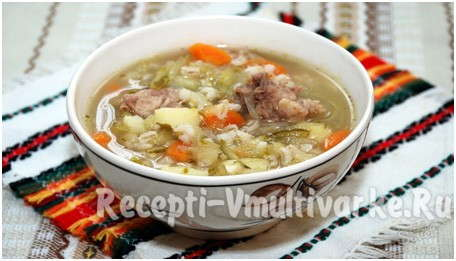 красивая тарелка с супом