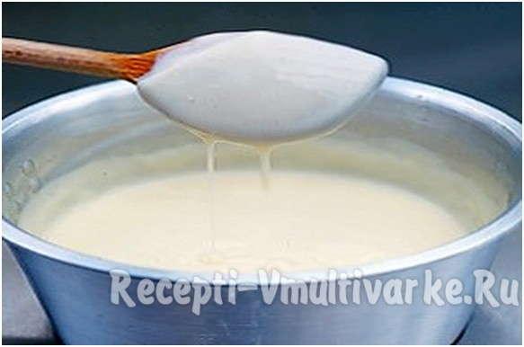 перемешать молоко с сыром