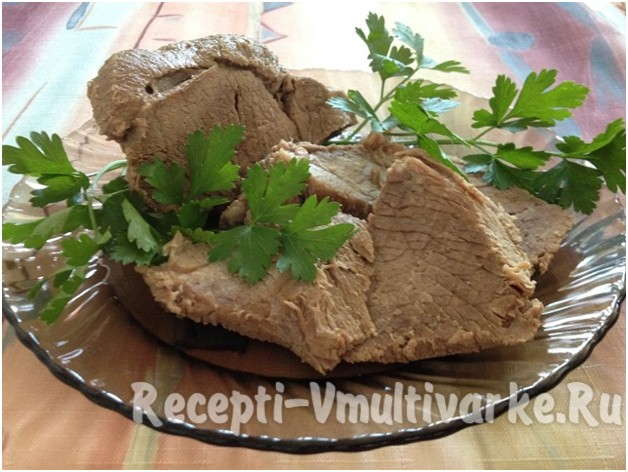 аппетитное вареное блюдо из мяса