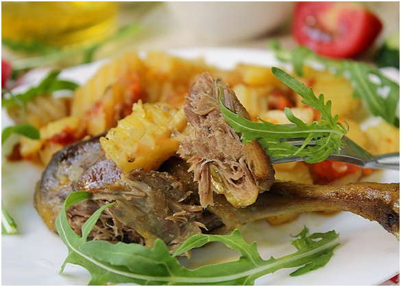 блюдо с картошечкой и птицей