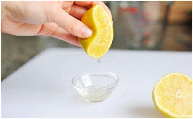 добавить лимонного сока