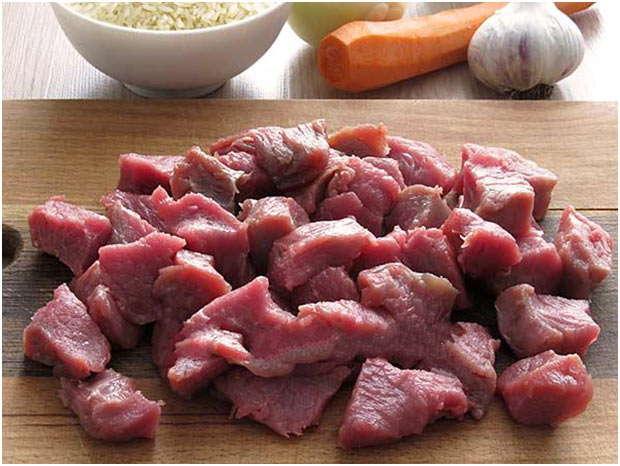 помыть и нарезать мясо