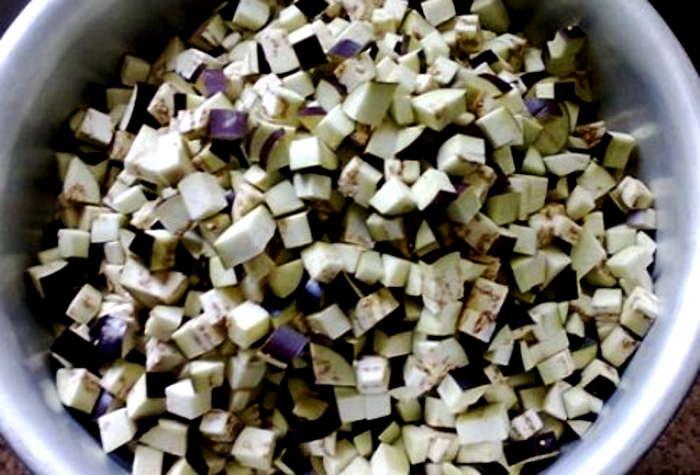 нарезать кубиками