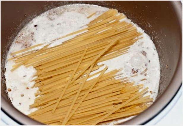 добавить спагетти