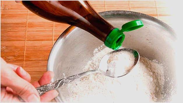 добавить соду с уксусом