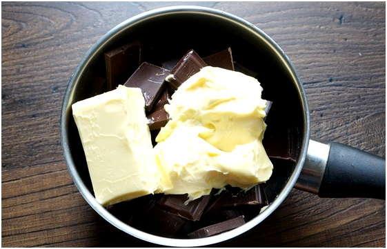 смешать масло с шоколадом